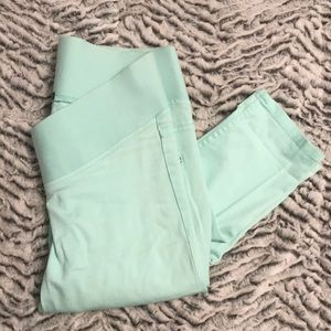 H & M mama baby blue pants. Size 6 stretchy